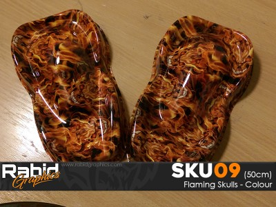 Flaming Skulls - Colour (50cm)